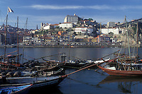 AJ0857, Portugal, Porto, Barcos rabelos (boats) on the Rio Douro in Porto used to transport Port Wine barrels.