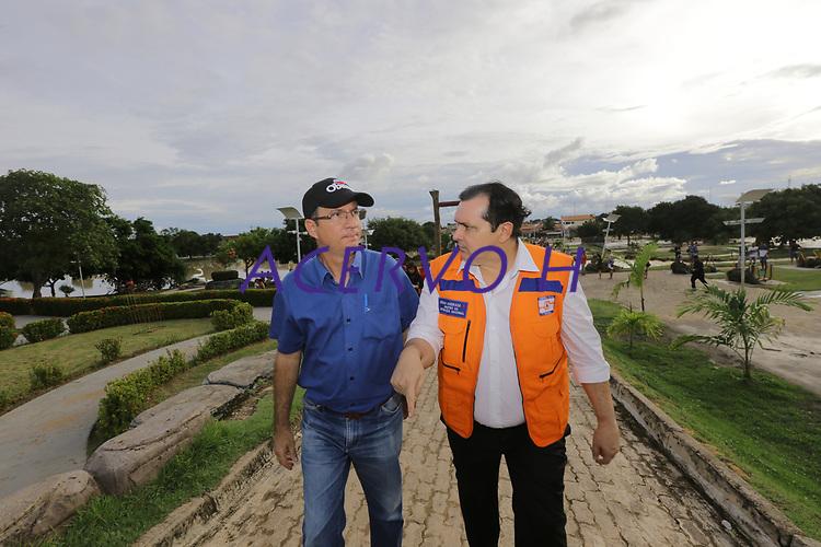 Alagamentos em Paragominas Pará- Antônio de Ministro da Integração Nacional de colete laranja e  o prefeito de paragominas PAULO POMBO TOCANTINS. 12/04/2018 Foto Marco Santos
