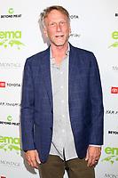LOS ANGELES - OCT 16:  Peter Horton at the Environmental Media Association Awards at GEARBOX LA on October 16, 2021 in Van Nuys, CA