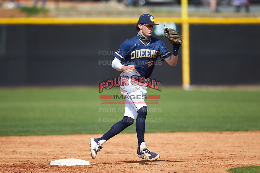 Queens Royals second baseman Drake Harris (23) on defense during game two of a double-header against the Catawba Indians at Tuckaseegee Dream Fields on March 26, 2021 in Kannapolis, North Carolina. (Brian Westerholt/Four Seam Images)