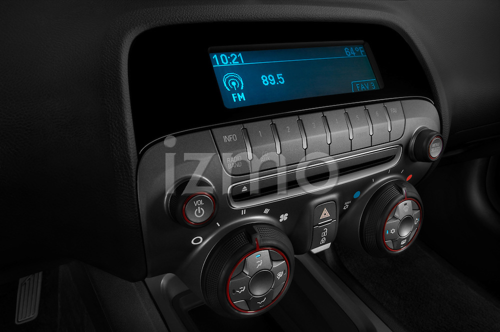 Stereo audio system close up detail view of a 2010 Chevrolet Camaro SS