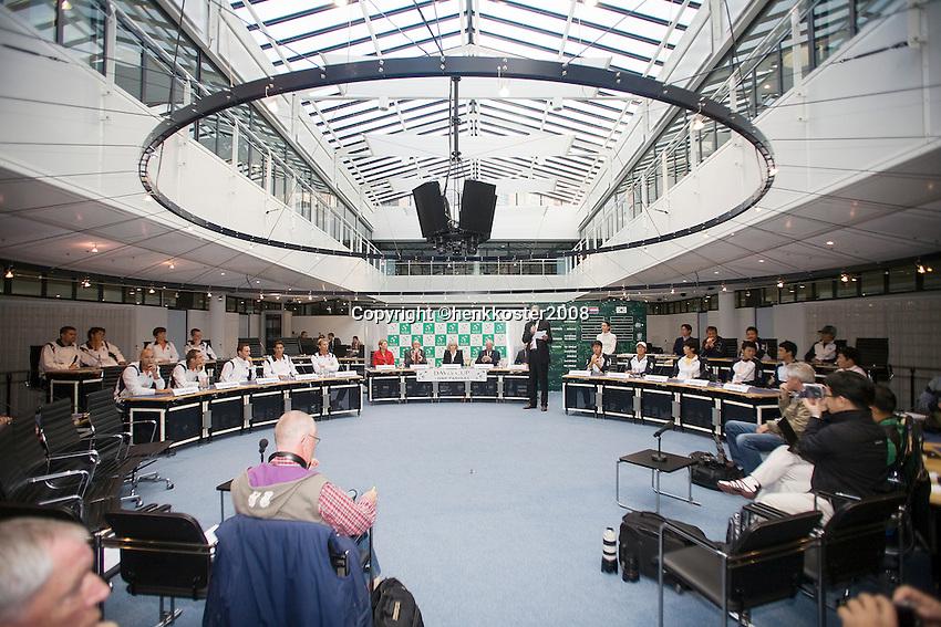 18-9-08, Netherlands, Apeldoorn, Tennis, Daviscup NL-Zuid Korea, Draw in cityhall,