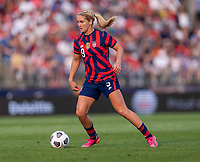 EAST HARTFORD, CT - JULY 5: Lindsey Horan #9 of the USWNT dribbles the ball during a game between Mexico and USWNT at Rentschler Field on July 5, 2021 in East Hartford, Connecticut.