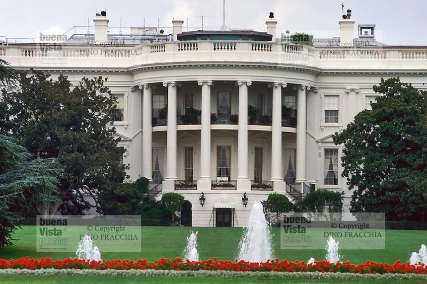 - Washington, the White House, residence of the President of the United States ....- Washington, la casa Bianca, residenza del Presidente degli Stati Uniti