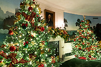 2020 White House Christmas<br /> <br /> The Diplomatic Reception Room of the White House is seen decorated for the Christmas season Sunday, Nov. 29, 2020. (Official White House Photo by Andrea Hanks)