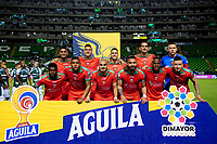 PALMIRA - COLOMBIA, 28-09-2019: Jugadores del Patriotas posan para una foto previo al e partido entre Deportivo Cali y Patriotas Boyacá por la fecha 13 de la Liga Águila I 2019 jugado en el estadio Deportivo Cali de la ciudad de Palmira. / Players of Patriotas pose to a photo prior match as part Aguila League I 2019 between Deportivo Cali and Patriotas Boyaca played at Deportivo Cali stadium in Palmira city.  Photo: VizzorImage / Nelson Rios / Cont