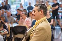 """Austellungseroeffnung """"Requiem - Menschenbilder"""" des armenischen Maler und Kuenstler Archi Galentz am Dienstag den 8. August 2017 in der Ladengalerie der Tageszeitung """"junge Welt"""".<br /> Im Bild: Archi Galentz.<br /> 8.8.2017, Berlin<br /> Copyright: Christian-Ditsch.de<br /> [Inhaltsveraendernde Manipulation des Fotos nur nach ausdruecklicher Genehmigung des Fotografen. Vereinbarungen ueber Abtretung von Persoenlichkeitsrechten/Model Release der abgebildeten Person/Personen liegen nicht vor. NO MODEL RELEASE! Nur fuer Redaktionelle Zwecke. Don't publish without copyright Christian-Ditsch.de, Veroeffentlichung nur mit Fotografennennung, sowie gegen Honorar, MwSt. und Beleg. Konto: I N G - D i B a, IBAN DE58500105175400192269, BIC INGDDEFFXXX, Kontakt: post@christian-ditsch.de<br /> Bei der Bearbeitung der Dateiinformationen darf die Urheberkennzeichnung in den EXIF- und  IPTC-Daten nicht entfernt werden, diese sind in digitalen Medien nach §95c UrhG rechtlich geschuetzt. Der Urhebervermerk wird gemaess §13 UrhG verlangt.]"""