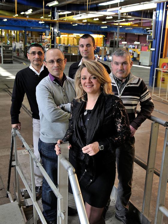 Isabelle LAKHAL, responsable du Département Hygiène Sécurité et son équipe ( de gauche à droite : Jean-Louis Battista,  Jean-Marc Lafon, Olivier Carpentier et Jean-Yves Meurisse ) - Images personnel et matériel RTM - Régie des Transports Marseillais - Marseille