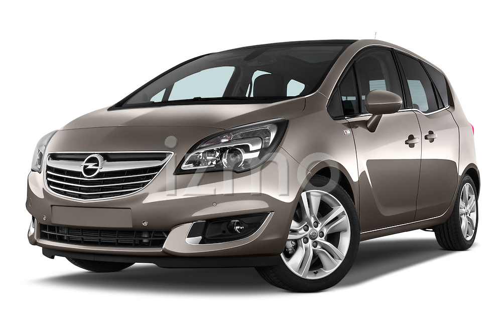 Low Aggressive Front Three Quarter View 2014 Opel MERIVA Cosmo 5 Door Mini MPV 2WD Stock Photo