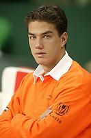 6-2-06, Netherlands, Amsterdam, Daviscup, first round, Netherlands-Russia, training Jesse Huta Galung