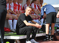 20200304  Parchal , Portugal : Danish head coach Lars Sondergaard pictured during the female football game between the national teams of Denmark and Norway on the first matchday of the Algarve Cup 2020 , a prestigious friendly womensoccer tournament in Portugal , on wednesday 4 th March 2020 in Parchal , Portugal . PHOTO SPORTPIX.BE | DAVID CATRY