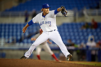 Dunedin Blue Jays relief pitcher Justin Shafer (22) delivers a pitch during a game against the Clearwater Threshers on April 8, 2017 at Florida Auto Exchange Stadium in Dunedin, Florida.  Dunedin defeated Clearwater 12-6.  (Mike Janes/Four Seam Images)