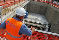 - Milan, yard for construction of new subway line number 5....- Milano cantiere per la costruzione della nuova linea 5 della Metropolitana
