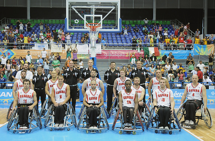 Guadalajara 2011 - Wheelchair Basketball // Basketball en fauteuil roulant.<br /> Team Canada after defeating Mexico in the bronze medal game // Équipe Canada après avoir battu le Mexique dans le match pour la médaille de bronze. 11/18/2011.