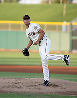 Aaron King / AZL Giants pitching against the AZL Cubs at Scottsdale Stadium - 07/27/2008..Photo by:  Bill Mitchell/Four Seam Images