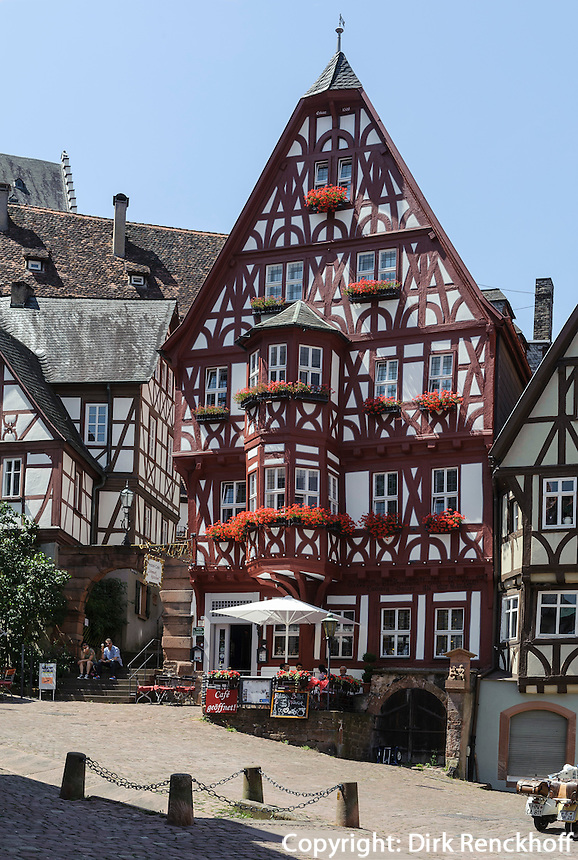 Hotel Schmuckkästchen am Marktplatz (Schnatterloch) in Miltenberg in Unterfranken, Bayern, Deutschland