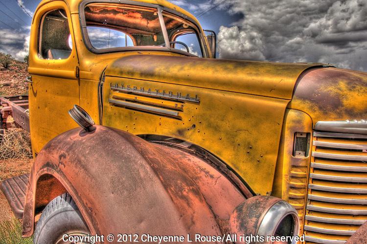 Yellow International Truck - Utah