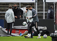 Torwart Kevin Trapp (Deutschland Germany), Bundestrainer Joachim Loew (Deutschland Germany) <br /> - 05.10.2020: Training der Deutschen Nationalmannschaft, Suedstadion Koeln<br /> DISCLAIMER: DFB regulations prohibit any use of photographs as image sequences and/or quasi-video.