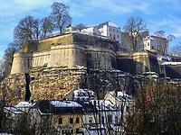 Blick vom Rham-Plateau auf Stadtbefestigung, Luxemburg-City, Luxemburg, Europa, UNESCO-Weltkulturerbe<br /> City fortification, Luxembourg City, Europe, UNESCO Heritage Site