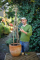 Plant Supports with Bob Purnell (20th September 2011)