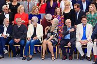 GEORGE MILLER, LIV ULLMANN, CATHERINE DENEUVE, ISABELLE HUPPERT, NICOLE KIDMAN, VINCENT LINDON, KIRSTEN DUNST, JERRY SCHATZBERG, CLAUDE LELOUCH, MICHAEL HANEKE, JANE CAMPION, KEN LOACH, NANNI MORETTI - PHOTOCALL DES PERSONNALITES AU 70EME ANNIVERSAIRE DU FESTIVAL DU FILM CANNES