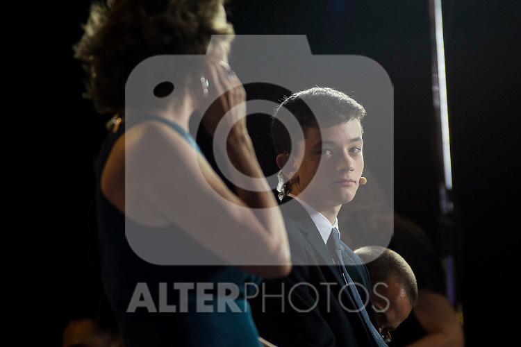 """Lewis MacDougall during the premiere of the spanish film """"Un Monstruo Viene a Verme"""" of J.A. Bayona at Teatro Real in Madrid. September 26, 2016. (ALTERPHOTOS/Borja B.Hojas)"""