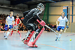 Mannheim, Germany, January 24: During the 1. Bundesliga Herren Hallensaison 2014/15 quarter-final hockey match between Mannheimer HC (white) and Club an der Alster (red) on January 24, 2015 at Irma-Roechling-Halle in Mannheim, Germany. Final score 2-3 (1-2). (Photo by Dirk Markgraf / www.265-images.com) *** Local caption *** Andreas Spaeck #1 of Mannheimer HC