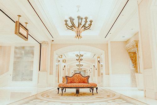 baroque_furniture_example