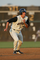 Sean Luellwitz of the Lancaster JetHawks runs the bases during a 2004 season California League game against the Lancaster JetHawks at The Hanger in Lancaster, California. (Larry Goren/Four Seam Images)