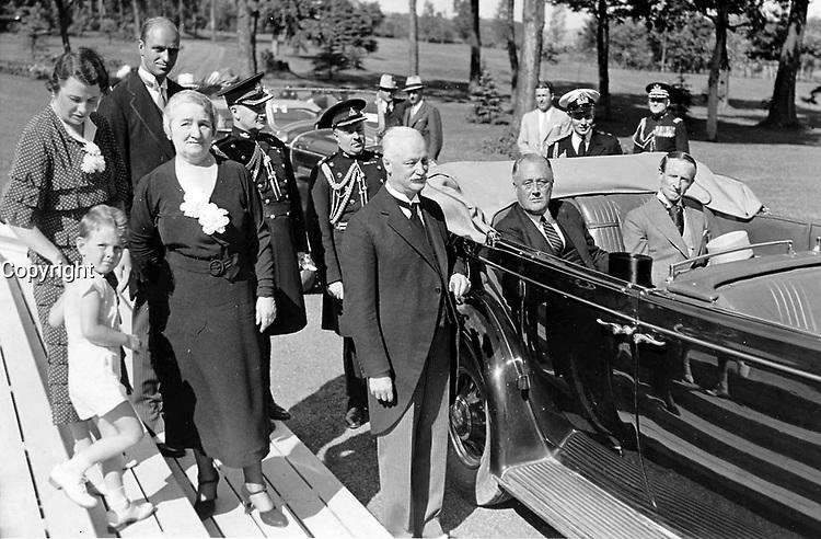Le President americain Franklin Delano Roosevelt en visite officielle a Quebec le 31 juillet 1936 <br /> <br />   Photo : W. B. Edwards