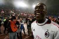 Calcio, Serie A: Roma-Milan. Roma, stadio Olimpico, 7 maggio 2011..Football, Italian serie A: AS Roma vs AC Milan. Rome, Olympic stadium, 7 may 2011..AC Milan midfielder Clarence Seedorf, of the Netherlands, celebrates at the end of the match for the winning of the 18th championship..UPDATE IMAGES PRESS/Riccardo De Luca