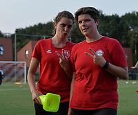 Ruth Nijsen and Sien Gaens from FC Alken