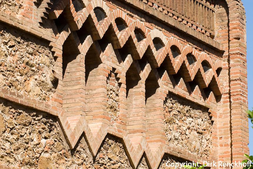 Spanien, Barcelona, Ca L'Espinal in der Colonia Güell von Antoni Gaudi