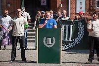 """Die Neonazi-Splitterpartei """"Dritter Weg"""" veranstaltete am Samstag den 1. August 2015 in der Brandenburgischen Kleinstadt Zossen mit ca. 50 Personen eine Kundgebung gegen gegen Fluechtlinge und """"Ueberfremdung"""". An der Kundgebung nahmen auch Mitglieder der NPD und der rechten Splitterpartei """"Die Rechte"""" teil. <br /> Im Bild: Bjoern Brusak von der """"Europaeischen Aktion"""", die von dem schweizer Holocaustleugner Schaub gegruendet wurde. Brusak ist rechter """"Liedermacher"""", Unternehmensberater und Anhaenger der ehemaligen Apartheidsregierung in Suedafrika.<br /> 1.8.2015, Zossen/Brandenburg<br /> Copyright: Christian-Ditsch.de<br /> [Inhaltsveraendernde Manipulation des Fotos nur nach ausdruecklicher Genehmigung des Fotografen. Vereinbarungen ueber Abtretung von Persoenlichkeitsrechten/Model Release der abgebildeten Person/Personen liegen nicht vor. NO MODEL RELEASE! Nur fuer Redaktionelle Zwecke. Don't publish without copyright Christian-Ditsch.de, Veroeffentlichung nur mit Fotografennennung, sowie gegen Honorar, MwSt. und Beleg. Konto: I N G - D i B a, IBAN DE58500105175400192269, BIC INGDDEFFXXX, Kontakt: post@christian-ditsch.de<br /> Bei der Bearbeitung der Dateiinformationen darf die Urheberkennzeichnung in den EXIF- und  IPTC-Daten nicht entfernt werden, diese sind in digitalen Medien nach §95c UrhG rechtlich geschuetzt. Der Urhebervermerk wird gemaess §13 UrhG verlangt.]"""