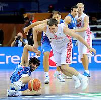 Milos Teodosic, Bykov Sergey, during quarterfinal basketball game between Russia and Serbia in Kaunas, Lithuania, Eurobasket 2011, Thursday, September 15, 2011. (photo: Pedja Milosavljevic)