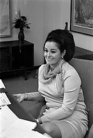 La ministre Claire Kirkland-Casgrain<br /> ,  28 avril 1971<br /> <br /> Photo :  Agence Quebec Presse - Photo Moderne