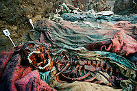 SAN MARTIN JILOTEPEQUE / CHIMALTENANGO / GUATEMALA - 2004.ESUMAZIONE DELLE VITTIME UCCISE DAGLI SQUADRONI DELLA MORTE DURANTE GLI ANNI '80..FOTO LIVIO SENIGALLIESI