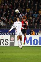 Luca Toni (Bayern) gegen Junichi Inamoto (Eintracht)<br /> Eintracht Frankfurt vs. FC Bayern Muenchen, Commerzbank Arena<br /> *** Local Caption *** Foto ist honorarpflichtig! zzgl. gesetzl. MwSt. Auf Anfrage in hoeherer Qualitaet/Aufloesung. Belegexemplar an: Marc Schueler, Am Ziegelfalltor 4, 64625 Bensheim, Tel. +49 (0) 6251 86 96 134, www.gameday-mediaservices.de. Email: marc.schueler@gameday-mediaservices.de, Bankverbindung: Volksbank Bergstrasse, Kto.: 151297, BLZ: 50960101