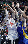 Real Madrid's Andres Nocioni (l) and Maccabi Electra Tel Aviv's Joe Alexander during Euroleague match.March 27,2015. (ALTERPHOTOS/Acero)