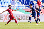 Tanaboon Kesarat of Thailand (R) fights for the ball with Komail Hasan Alaswad of Bahrain (L) during the AFC Asian Cup UAE 2019 Group A match between Bahrain (BHR) and Thailand (THA) at Al Maktoum Stadium on 10 January 2019 in Dubai, United Arab Emirates. Photo by Marcio Rodrigo Machado / Power Sport Images