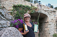 Europe/France/Corse/2B/Haute-Corse/Cap Corse/Rogliano: Isabelle ORSI, productrice d'huile d'olive, AOP, Appellation d'origine protégée [Non destiné à un usage publicitaire - Not intended for an advertising use]