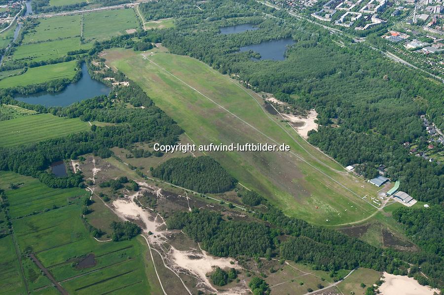 Boberger Niederung mit Segelflugplatz: EUROPA, DEUTSCHLAND, HAMBURG, (EUROPE, GERMANY),  Boberger Niederung mit Segelflugplatz, Naturschutzgebiet