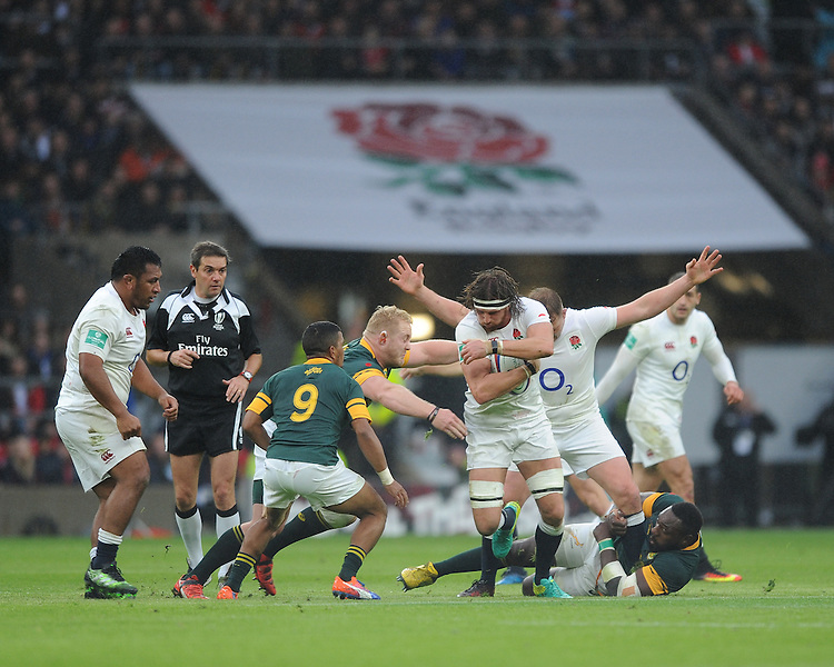 Tom Wood of England in action during the Old Mutual Wealth Series match between England and South Africa at Twickenham Stadium on Saturday 12th November 2016 (Photo by Rob Munro)