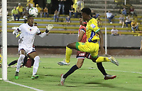 NEIVA - COLOMBIA, 17-02-2020 Atlético Huila  y Fortaleza CEIF en partido por fecha 3 del Torneo BetPlay DIMAYOR I 2020 jugado en el estadio Guillermo Plazas Alcid de la ciudad de Neiva. /Atletico Huila and Fortaleza CEIF for the date 3 of the BetPlay DIMAYOR Tournament  I 2020 played at Guillermo Plazas Alcid stadium in Neiva city. Photo: VizzorImage / Sergio Reyes / Cont