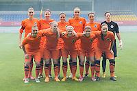 Bekerfinale vrouwen 2015 : Lierse-Club Brugge Vrouwen :<br /> <br /> team van Club Brugge vrouwen in de mist van het Bengaalse vuur<br /> <br /> foto VDB / BART VANDENBROUCKE