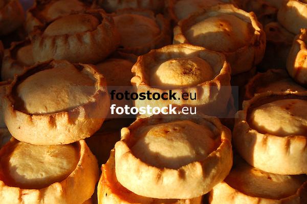 Panades, mallorquean pastry, popular tradition at Easter<br /> <br /> Panades, especialidad mallorquina de la repostería de la Semana Santa<br /> <br /> Panades, mallorquinische Spezialität in der Karwoche<br /> <br /> 3008 x 2000 px<br /> 150 dpi: 50,94 x 33,87 cm<br /> 300 dpi: 25,47 x 16,93 cm