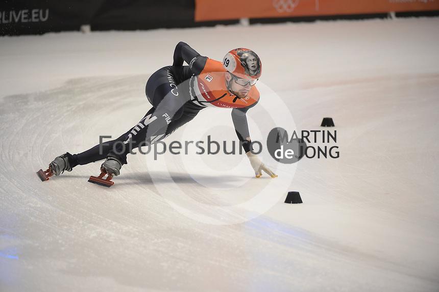 SPEEDSKATING: DORDRECHT: 06-03-2021, ISU World Short Track Speedskating Championships, SF 5000m Relay, Itzhak de Laat (NED), ©photo Martin de Jong