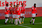 Fussball-Bundesliga - Saison 2020/2021<br /> Opel-Arena Mainz - 7.11.2020<br /> 1. FSV Mainz 05 (mz) - Schalke 04 (s04)<br /> Jubel nach dem 1:0 durch Daniel BROSINSKI (1. FSV Mainz 05)3. v.li.<br /> <br /> Foto © PIX-Sportfotos *** Foto ist honorarpflichtig! *** Auf Anfrage in hoeherer Qualitaet/Aufloesung. Belegexemplar erbeten. Veroeffentlichung ausschliesslich fuer journalistisch-publizistische Zwecke. For editorial use only. DFL regulations prohibit any use of photographs as image sequences and/or quasi-video.