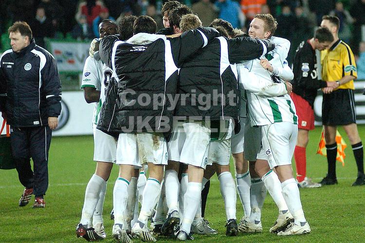 fc groningen - excelsior eredivisie seizoen 2007-2008 12-01-2008.vreugde na de wedstrijd.fotograaf Jan Kanning *** Local Caption ***