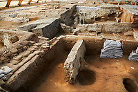 Neolithic remains of the square mud brick houses walls of the north ecavation area, 7500 BC to 5700 BC, Catalyhoyuk Archaeological Site, Çumra, Konya, Turkey